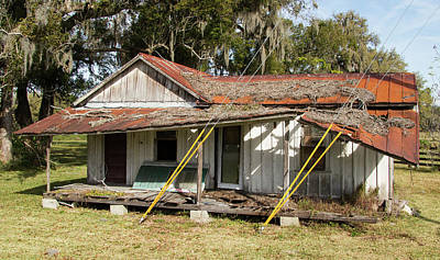 Photograph - Old Florida-2 by Lamarre Labadie