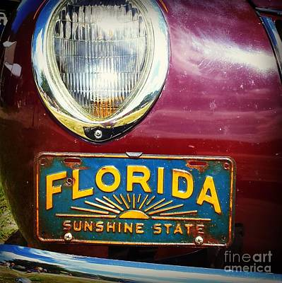 Photograph - Old Florida by Valerie Reeves
