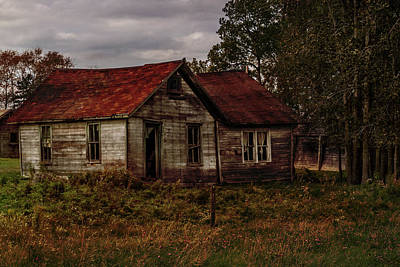 Photograph - Old Forgotten Farmstead by Patti Deters