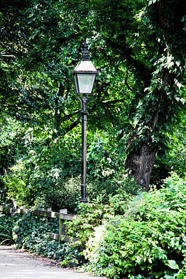Gas Lamp Photograph - Old Gas Lamp Post by Gavin Bates