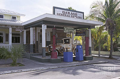 Photograph - Old Gas Station In Everglades by Richard Nickson