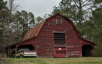 Photograph - Old Georgia Red Barn-img_756417 by Rosemary Woods-Desert Rose Images