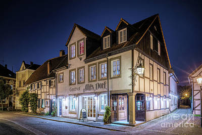 Photograph - Old German Tavern by Daniel Heine