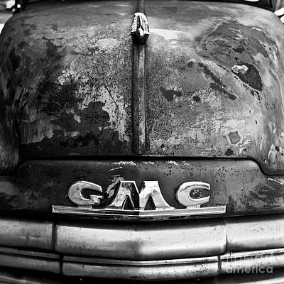 Photograph - Old Gmc by Patrick M Lynch