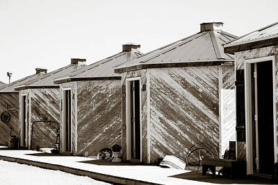 Photograph - Old Grain Bins by Marilyn Hunt