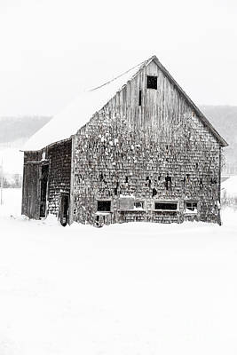Photograph - Old Gray Barn In A Snow Storm Grantham Nh by Edward Fielding