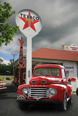 Texaco Wall Art - Photograph - Old Guys Rule by Lori Deiter