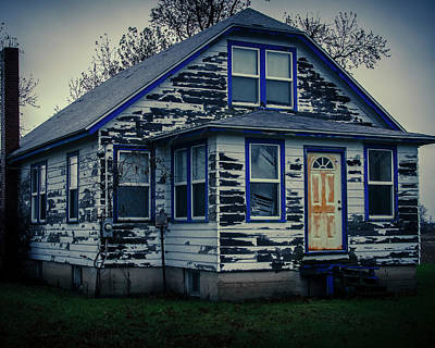 Photograph - Old Home by Miguel Winterpacht