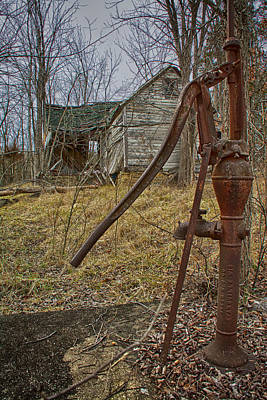 Photograph - Old Homestead by Linda Shannon Morgan
