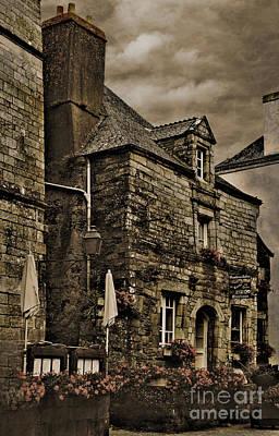 Old House - Rochefort-en-terre - La Bretagne Art Print by Mark Hendrickson