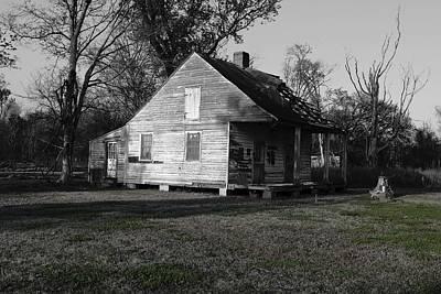 Www.eye4life.com Photograph - Old House by Alicia Morales