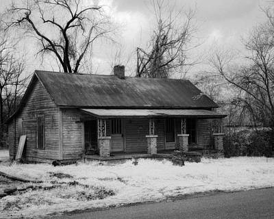 Photograph - Old House by Fred Baird