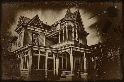 Haunted Digital Art - Old House In Cape May by Bill Cannon