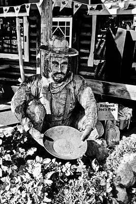 Photograph - Old Joe Gold Panning Fudge Shop by Brian Sereda