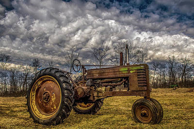 Photograph - Old John Deere by Paul Freidlund