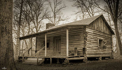 Photograph - Old Log Cabin by Phil Rispin