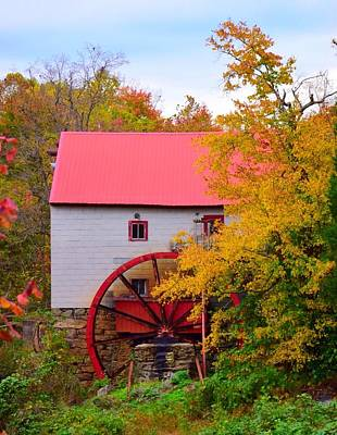 Summerfield Photograph - Old Mill Of Guilford by Candise Zimmerman