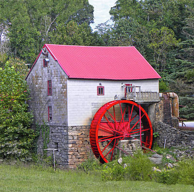 Old Mill Of Guilford Squared Print by Sandi OReilly