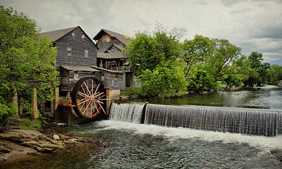 Photograph - Old Mill by Sandy Keeton