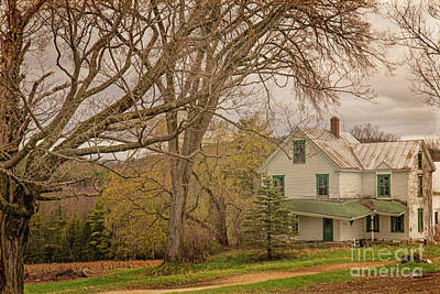 Photograph - Old New England House by Alana Ranney