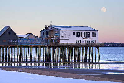 Old Orchard Beach Moonrise Art Print by Eric Gendron