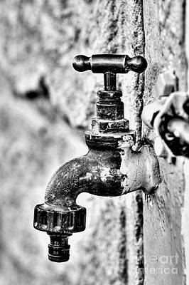 Old Outdoor Tap - Black And White Art Print