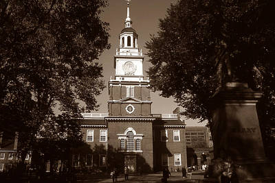Photograph - Old Philadelphia Photo - Independence Hall by Art America Gallery Peter Potter