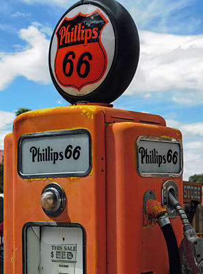 Photograph - Old Phillips 66 Gas Pump by Tikvah's Hope