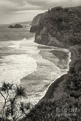 Photograph - Old Pololu by Aaron Whittemore