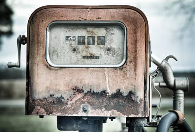 Photograph - Old Pump by Andrew Crispi