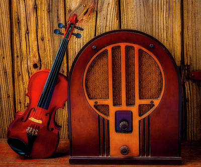 Photograph - Old Radio And Violin by Garry Gay