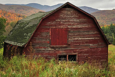 Barn In Woods Photograph - Old Red Barn In Fall Adirondacks Ny by Terry DeLuco