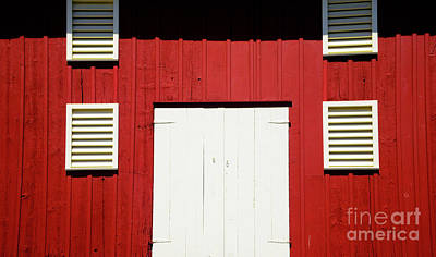 Photograph - Old Red Barn by Paul W Faust - Impressions of Light