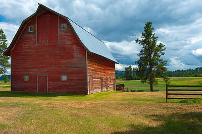 Bronstein Wall Art - Photograph - Old Red Big Sky Barn  by Sandra Bronstein
