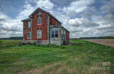 Photograph - Old Red by Roger Monahan