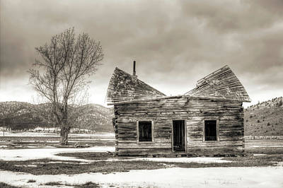 Old Rustic Log Cabin In The Snow Art Print