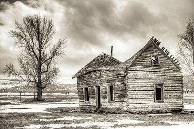 Old Rustic Log House In The Snow Art Print