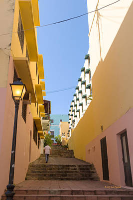 Photograph - Old San Juan Alleyway by Jose Oquendo