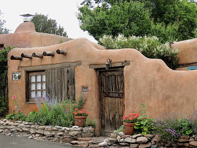 Photograph - Old Santa Fe Cottage by Gordon Beck