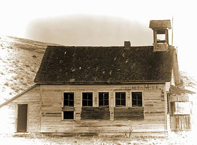 Photograph - Old School House by Pamela Walton