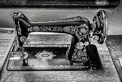 Photograph - Old Singer Sewing Machine by Marilyn Hunt
