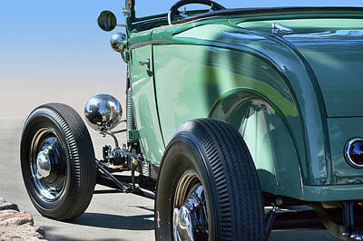 Photograph - Old Skool Green by Bill Dutting