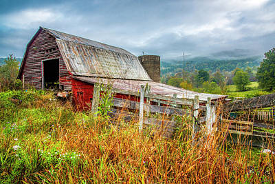 Photograph - Old Smoky Mountains Barn by Andy Crawford