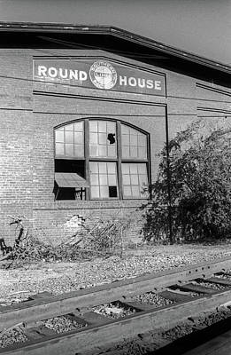 Photograph - Old Southern Pacifc Railroad Roundhouse, San Jose, California by Frank DiMarco