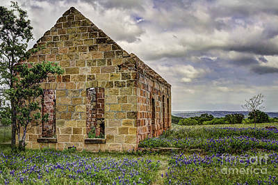 Photograph - Old Stone Ruins With Bluebonnets by Gary Holmes