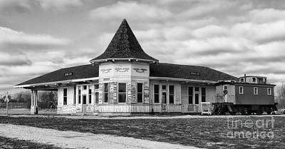 Photograph - Old Sturtevant Hiawatha Depot by Ricky L Jones