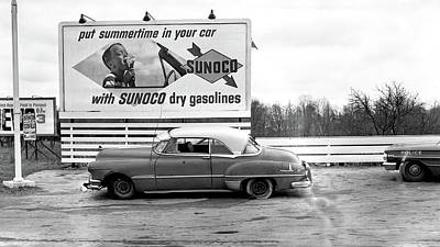 Old Sunoco Sign Art Print by Paul Seymour