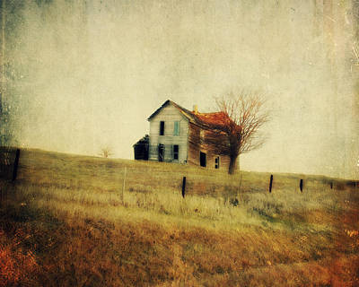 Country Cottage Photograph - Old Sway Back by Julie Hamilton