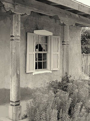 Old Taos Window Art Print by Gordon Beck