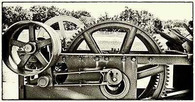 Photograph - Old Thresher Bw by Mary Bedy